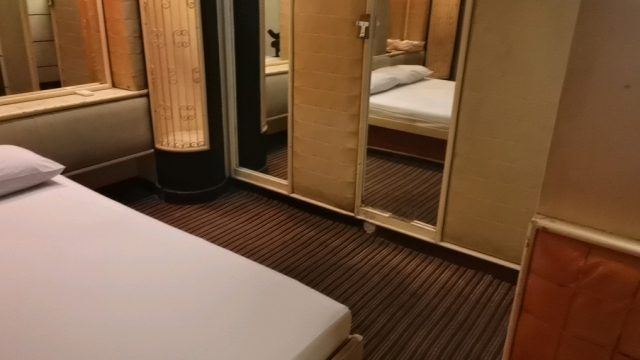 PBホテルのヤリ部屋①